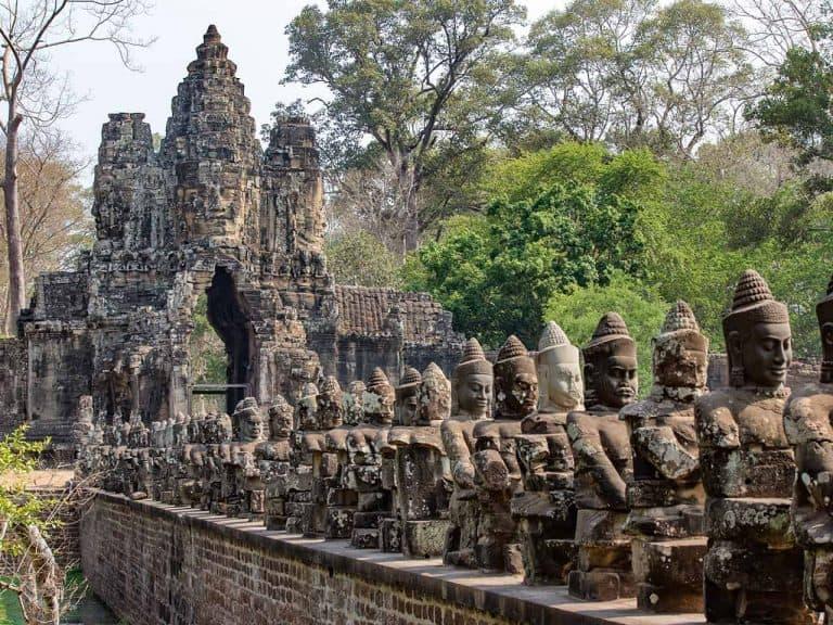 Angkor Thom Causeway