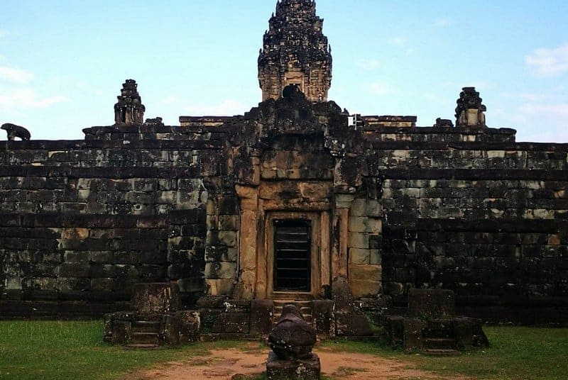 Bakong Temple Guide