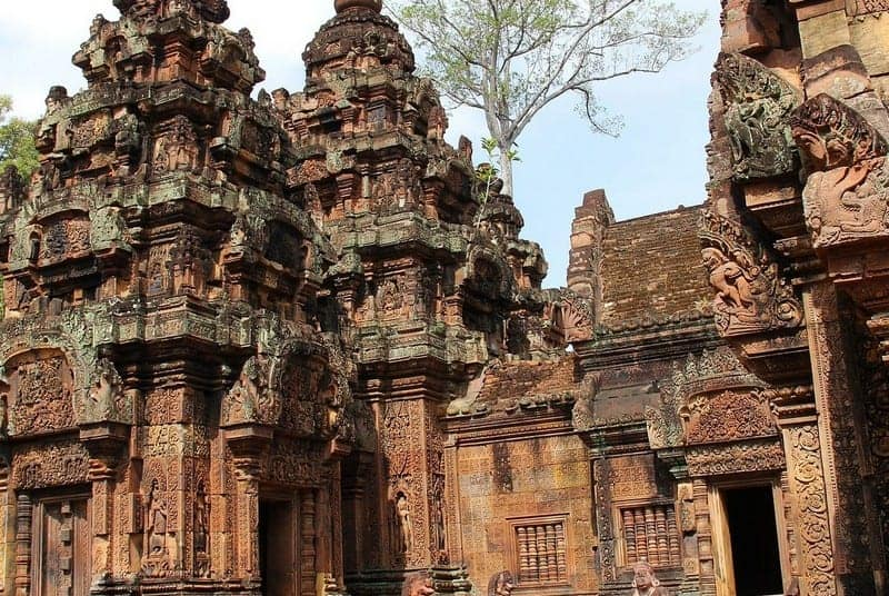 Banteay Srei Temple Guide