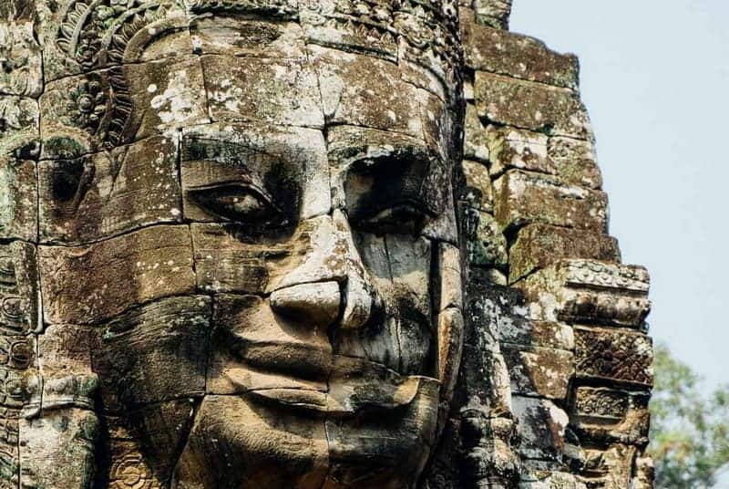 Bayon Temple Guide