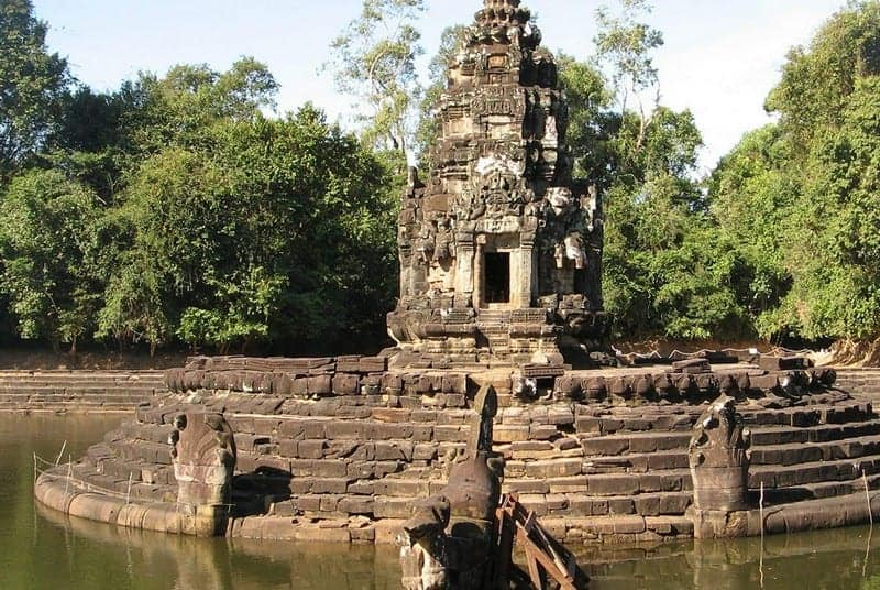 Neak Pean Temple Guide