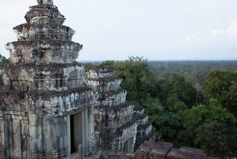 Phnom Bakheng Temple Guide