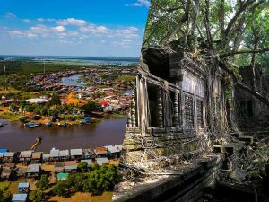 Beng Mealea and Kampong Khleang Tour